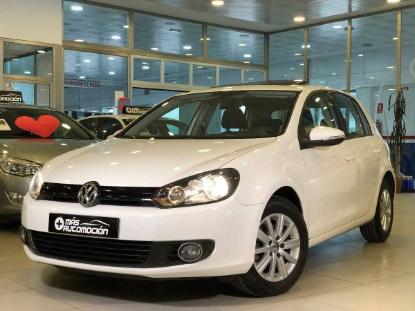 VOLKSWAGEN Golf 1.6 TDI ADVANCE