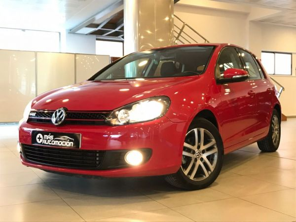 VOLKSWAGEN Golf 1.6 TDI DSG ADVANCE