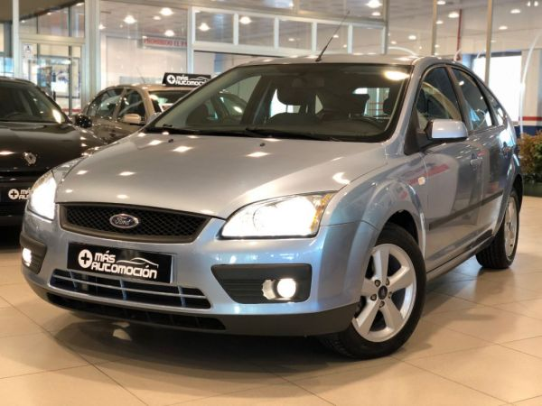 FORD Focus 1.6 i TREND